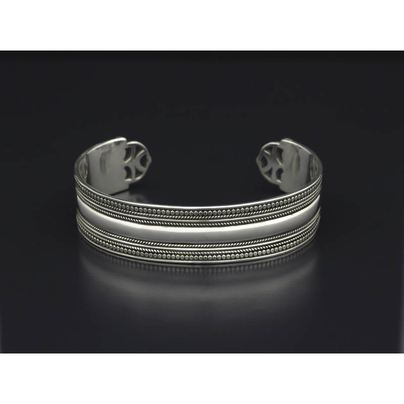 Twisted Wire Plain Wide Bracelet