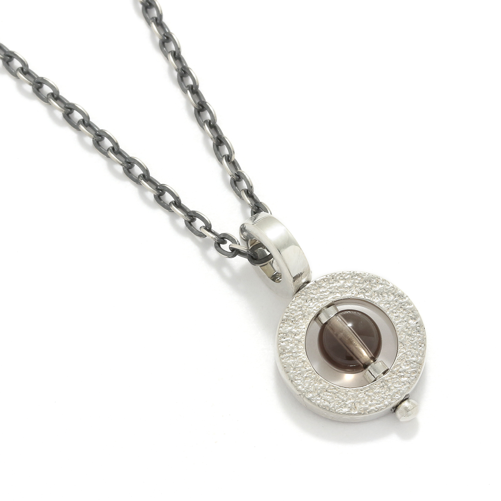 Eternal Carving Bramanda Necklace SV/Smoky Quartz
