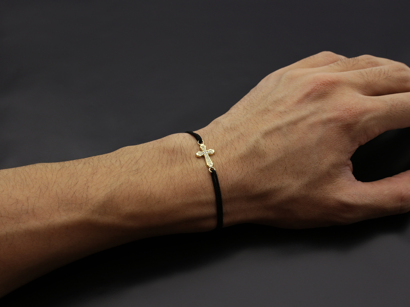 Smooth Cross Medium Cord Bracelet - K18Yellow Gold w/Diamond